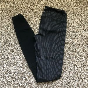Alo Yoga Motion Leggings